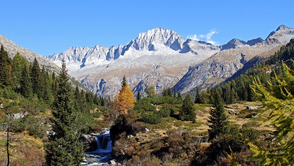 Val di Fumo and Mount.Carè Alto